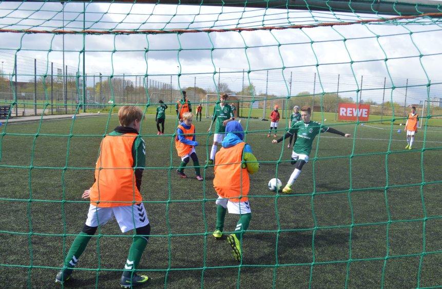 2017-04-10_fussballcamp_ostern_1617_012